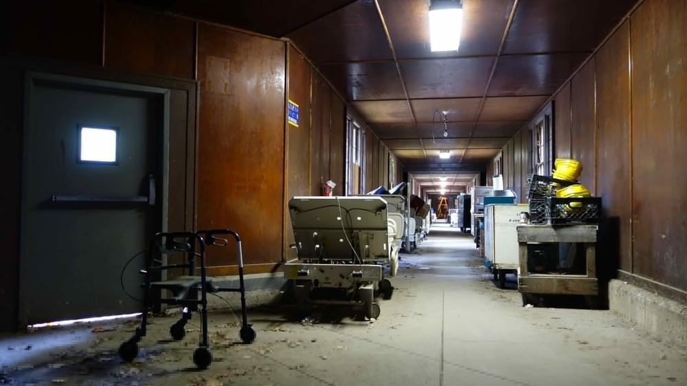 Seaview Hospital - 29-2789x1570.jpg