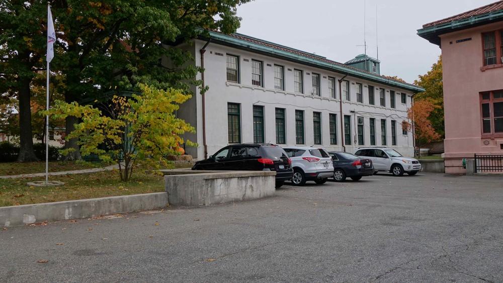 Seaview Hospital - 76-2789x1570.jpg