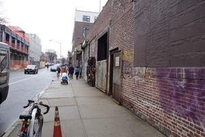 Williamsburg - Berry Walls