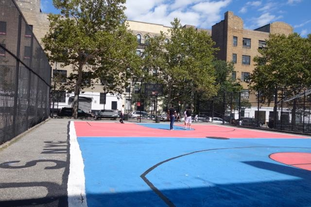 Basketball - Book Park