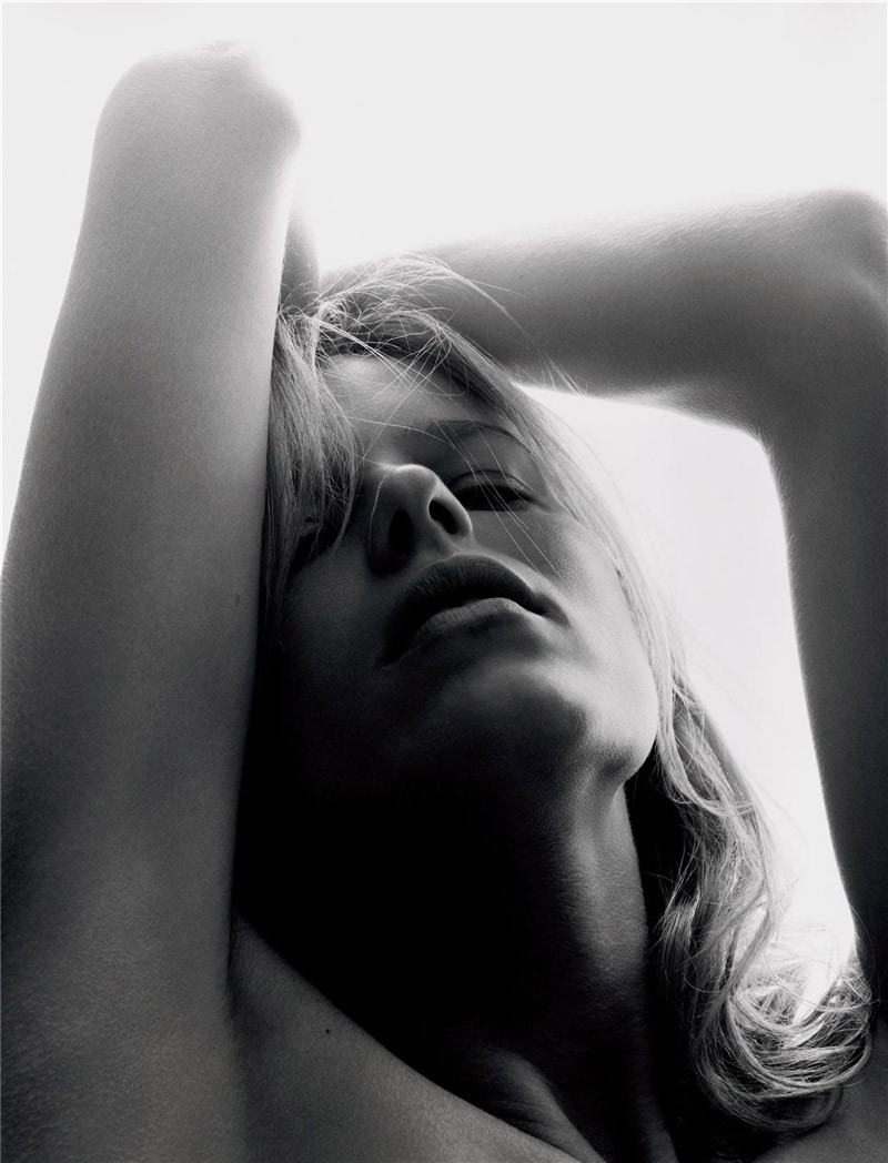 eva herzigova by sølve sundsbø for numero #332