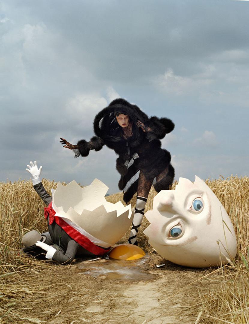karlie kloss and broken humpty dumpty 2010 tim walker