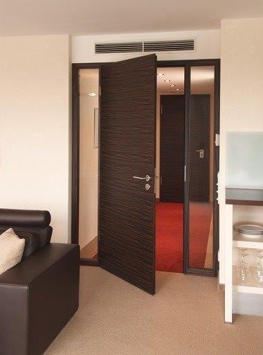 Funktionstür Rauch_Schallschutz_Hotel_Klosterpforte_Marienfeld_WestaLife_Makassar_1.jpg