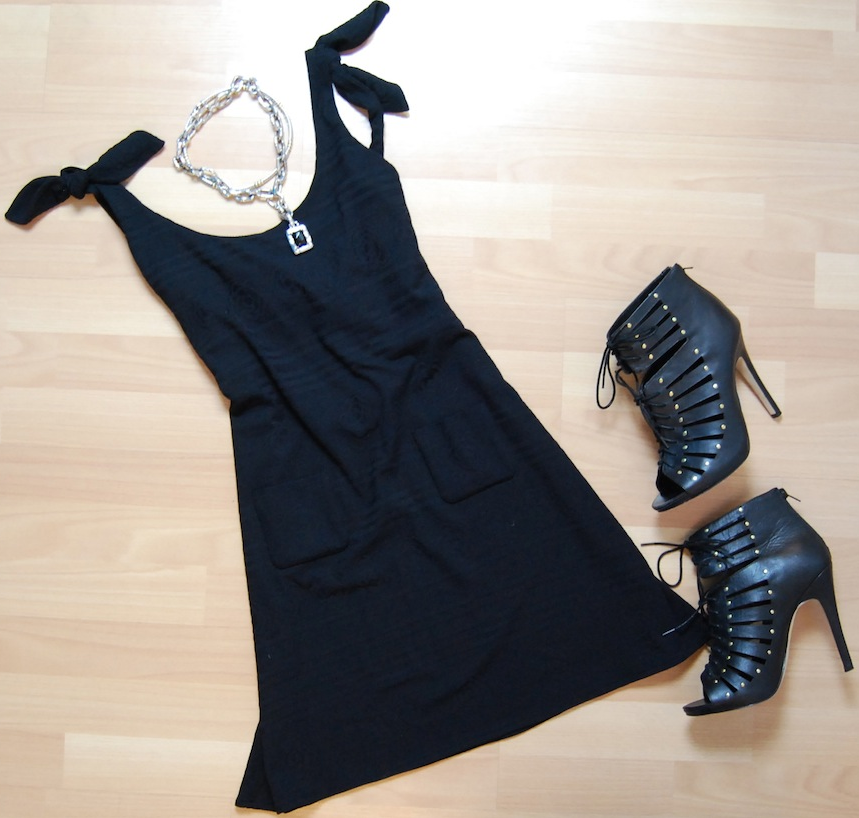 Chanel dress size M $275.50, Dolce Vita heels size 9 1/2, David Yurman cable necklace $775.50, John Hardy necklace $870.50