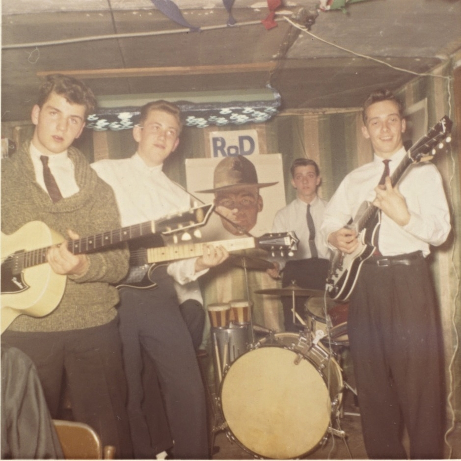 Chicago garage bands often played in their parents basements.