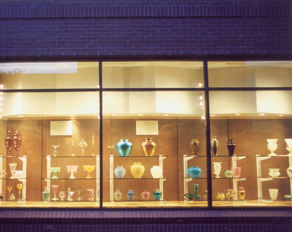 pho-ext-4 window bays & brick-adjusted-300ppi-5x4.jpg