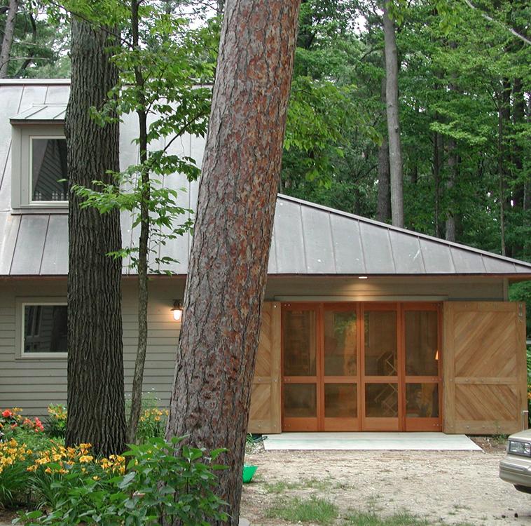 Elk Lake Residence