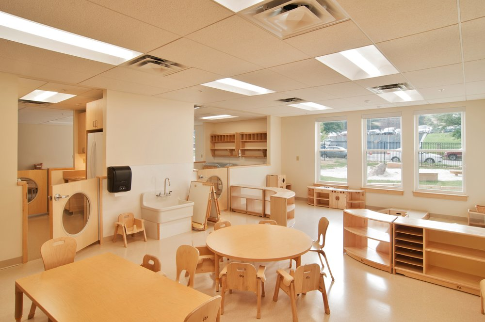phopro-int-classroom2-300ppi-17x11.jpg