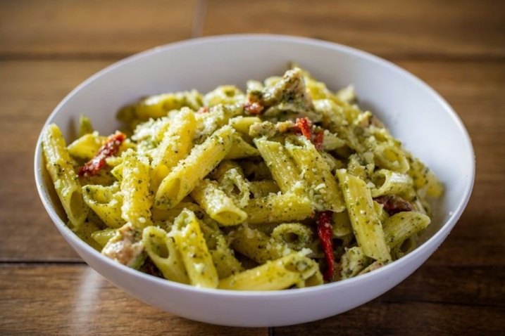 Pasta, Pasta, pasta - Grab a bowl of our Chicken Alfredo, Chicken Pesto, Mac n' Cheese, or Veggie pasta for just $5