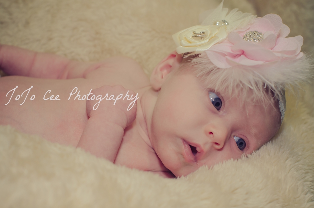 Nicolette_Newborn_Shoot_2015-25.jpg