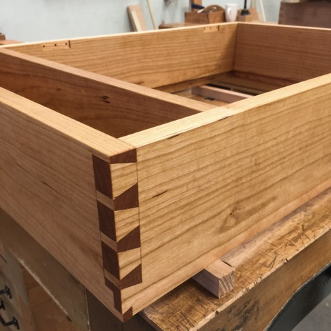 Dovetails on Raphael's Chisel Chest project from the Foundation's course.
