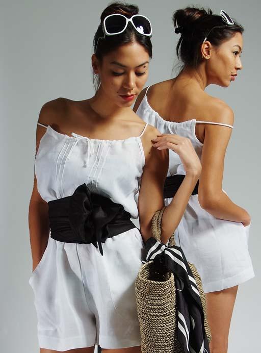 11-+5+White+Short+Jumpsuit_1.jpg
