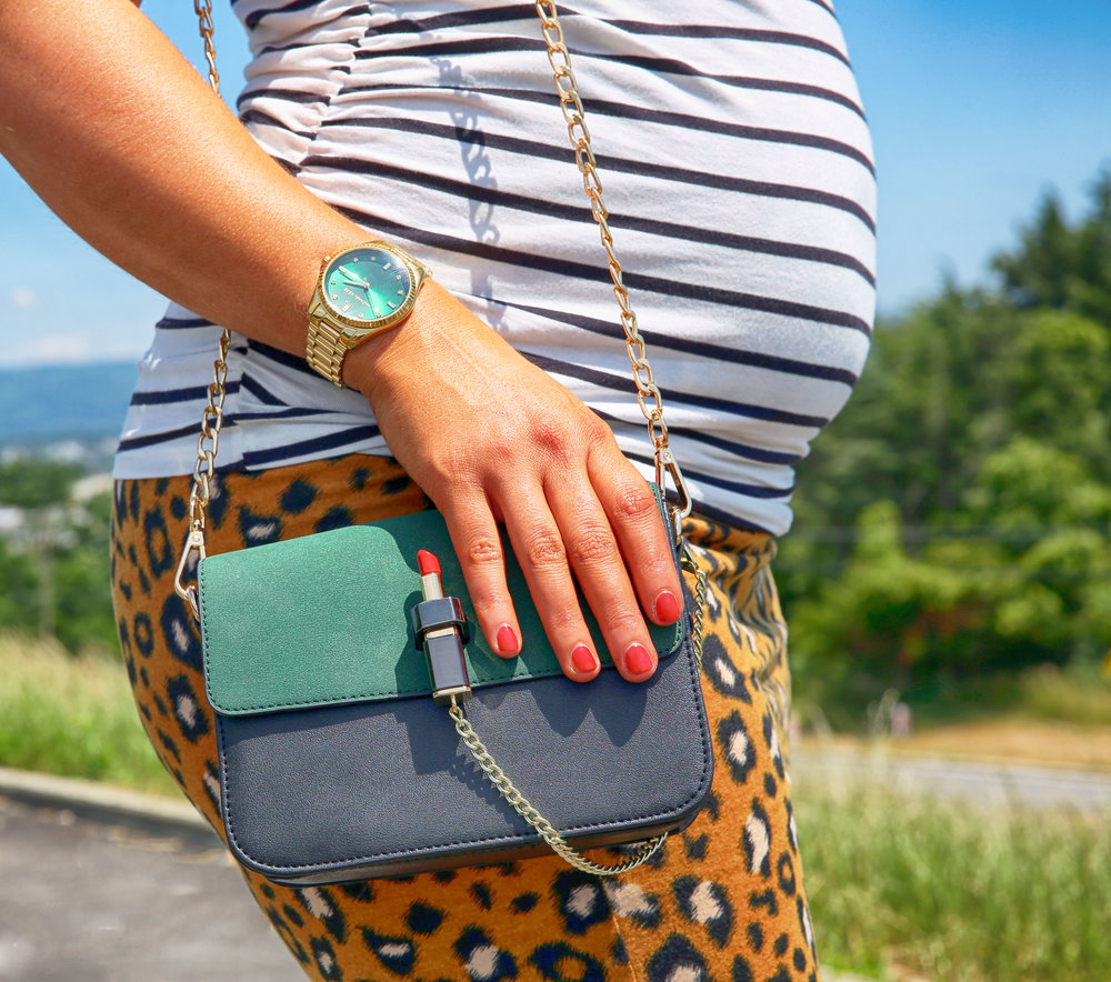 Love this bag? Check out ilymix they have some pretty amazing things! Get 10% off when you use this link: http://ilymix.refr.cc/emilyk