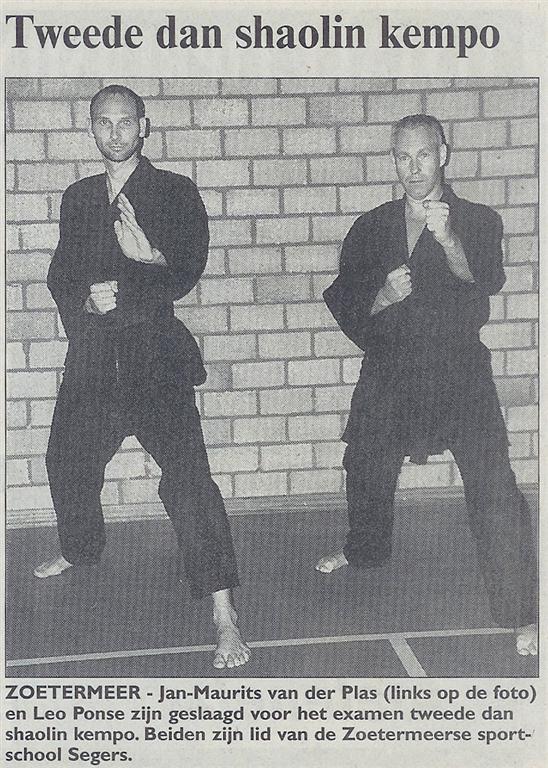 2003-06-04_Streekblad_Tweede_Dan_Shaolin_Kempo.jpg