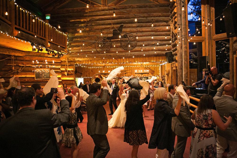 Lisa and Evan-dancing-0029.jpg
