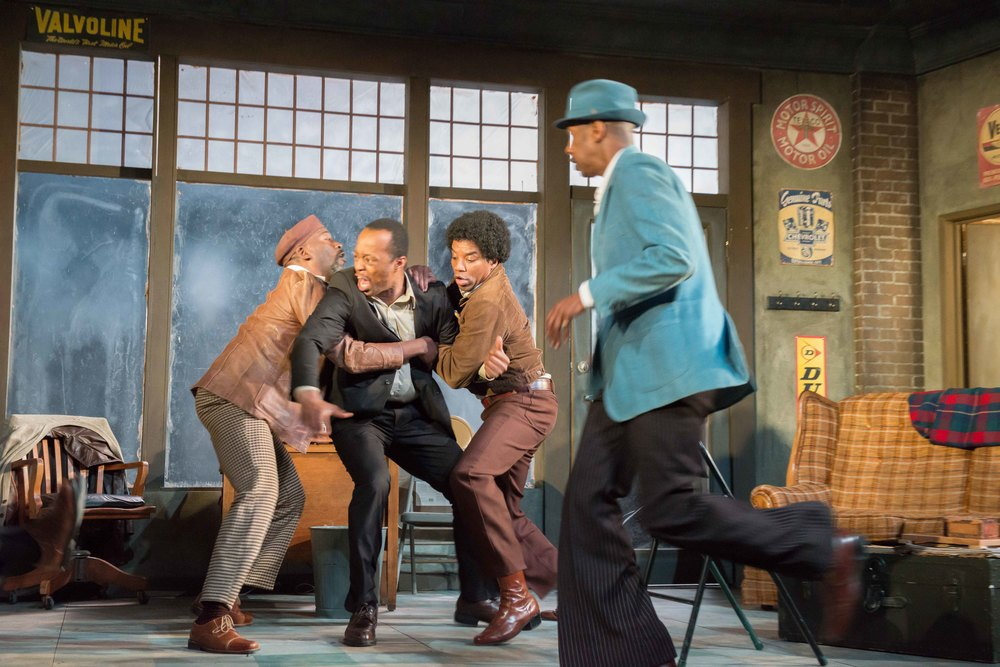 Victor Mack, Vin Shambry, Rodney Hicks, and Roy B. Ayers in  Jitney  (2014) Photographer: Brud Giles