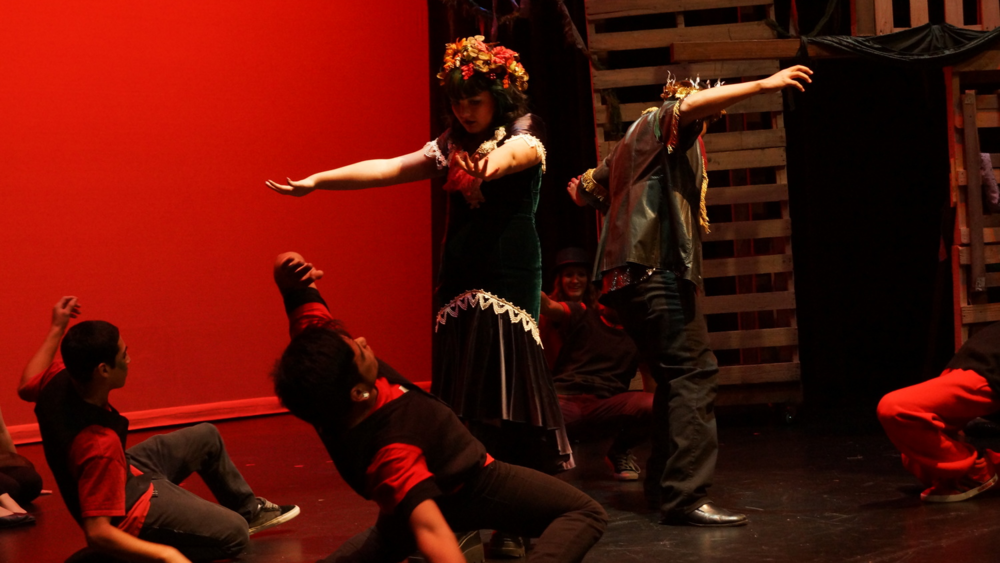 Students preforming in the Fall Festival of Shakespeare. Photographer: Brud Giles