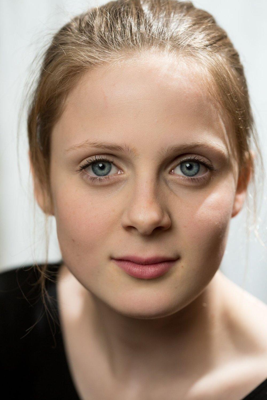 Asja - Agatha Olson