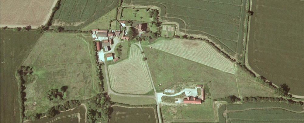Fig.33 Aerial photograph of 'Barn Hill', December 2000