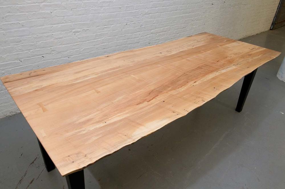 TABLES_016.JPG