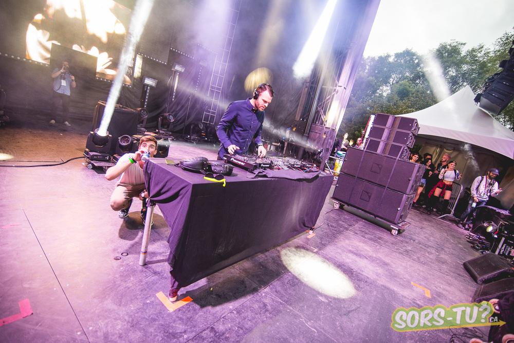 Chainsmokers -IleSoniq-2014-1-7.jpg