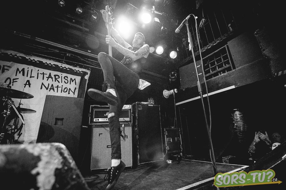 Anti-Flag-Foufounes électriques-2015-2.jpg