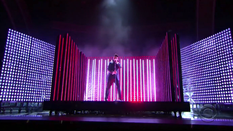 theweeknd-grammys-2016-01.png