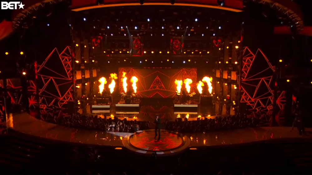 theweeknd-bet-2015-01.png