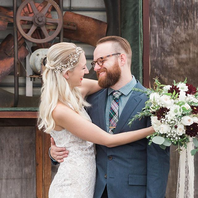 Got the news this week that @aw.campbell and @broompeople beautiful farm wedding will be featured in @theknot magazines Spring 2018 issue! Can't wait to see them in print! Congrats you two!