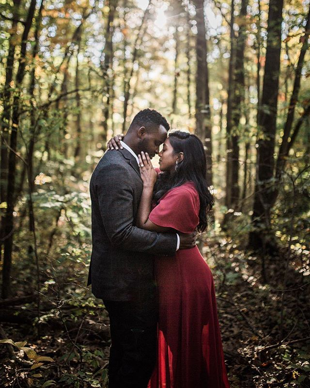 This session with Anusha and Reaven's was magical ☺️🙌. Excited to travel to South Carolina next year and capture their special day! . #travelingweddingphotographer #weddingphotographer #chasinglight #filmborn #togetherweroam #mastinlabs #makeportraits #chattanoogaphotographer #shesaidyes #thepinkbride
