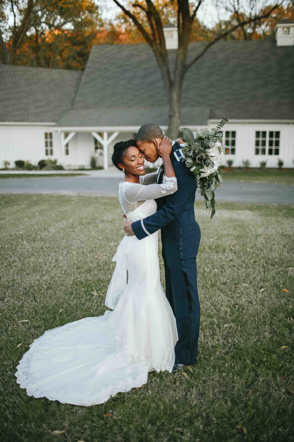 Sunday Evening Wedding Photo :  Taylor O'Neal Photography
