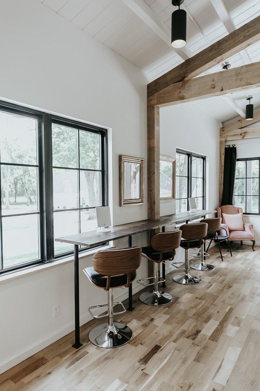 Make-Up Bar Bridal Suite