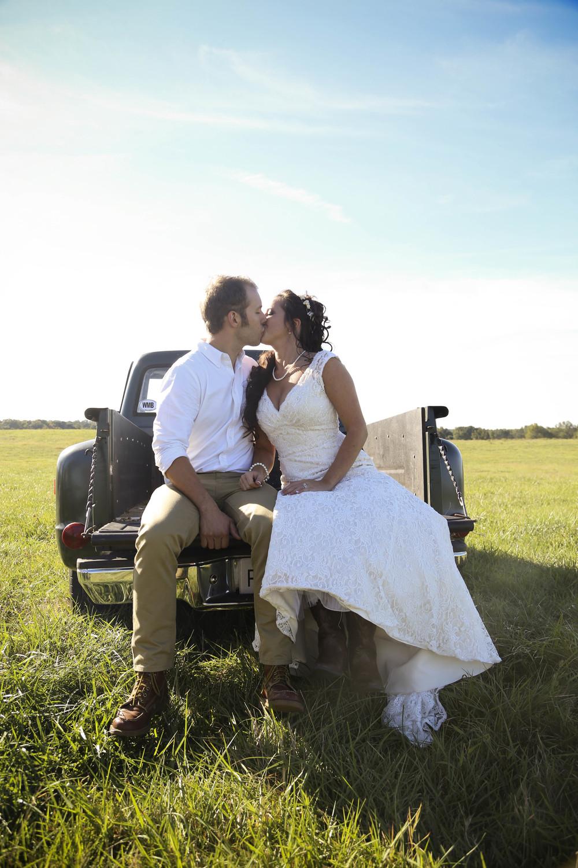 Country Rustic Wedding Kiss   Morgan County Georgia