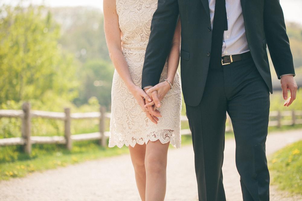 Romantic-engagement-photos-SirWinstonChurchillPark-Toronto-wedding-029.JPG