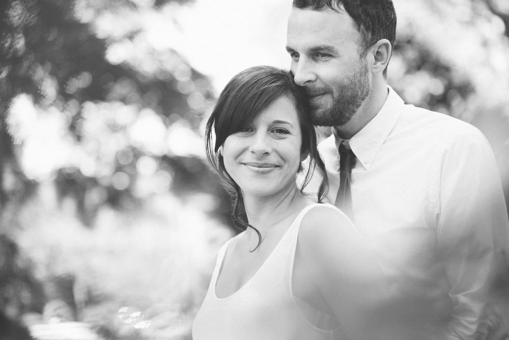 unique-engagement-photos-TrinityBellwoodsPark-Toronto-wedding-016.JPG