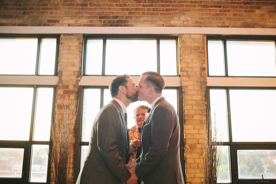 urban-wedding-photos-Burroughes-Toronto-samesex-gaywedding048.JPG