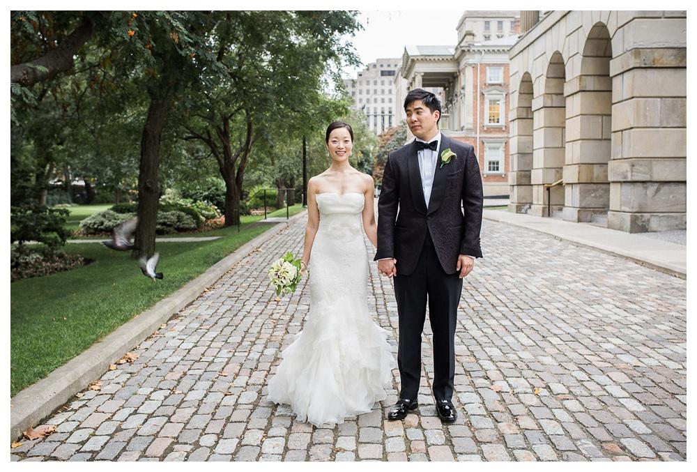 wedding, Toronto, Ossgoode Hall, couple, park, Toronto, bride, groom, flowers, Vera Wang, Tom Ford, wedding day, portraits