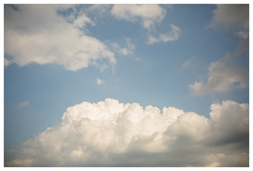 Ravine Winery, wedding, romantic, Niagara-on-the-lake, Blush and Bowties, sky, clouds, wedding day,