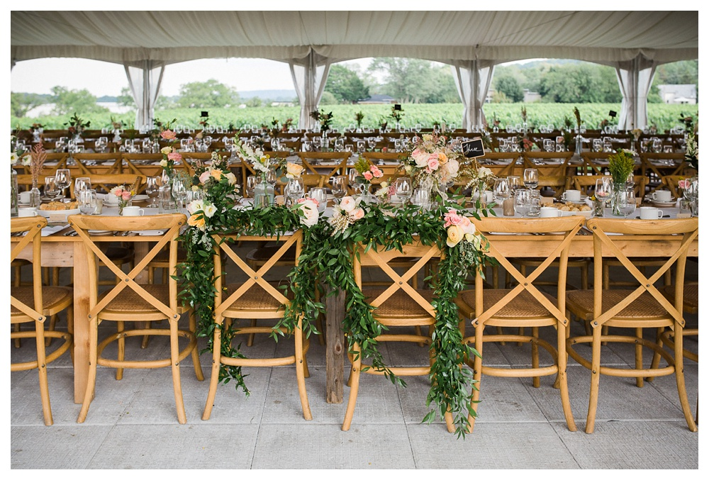Ravine Winery, romantic, rustic, traditional, outside wedding, Blush and Bowties, Jen Pogue, table settings, centerpieces, flowers,