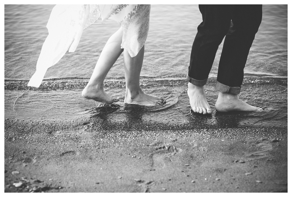 45-DanijelaWeddings-engagement-Toronto-beach-sandytoes-thebluffs.JPG