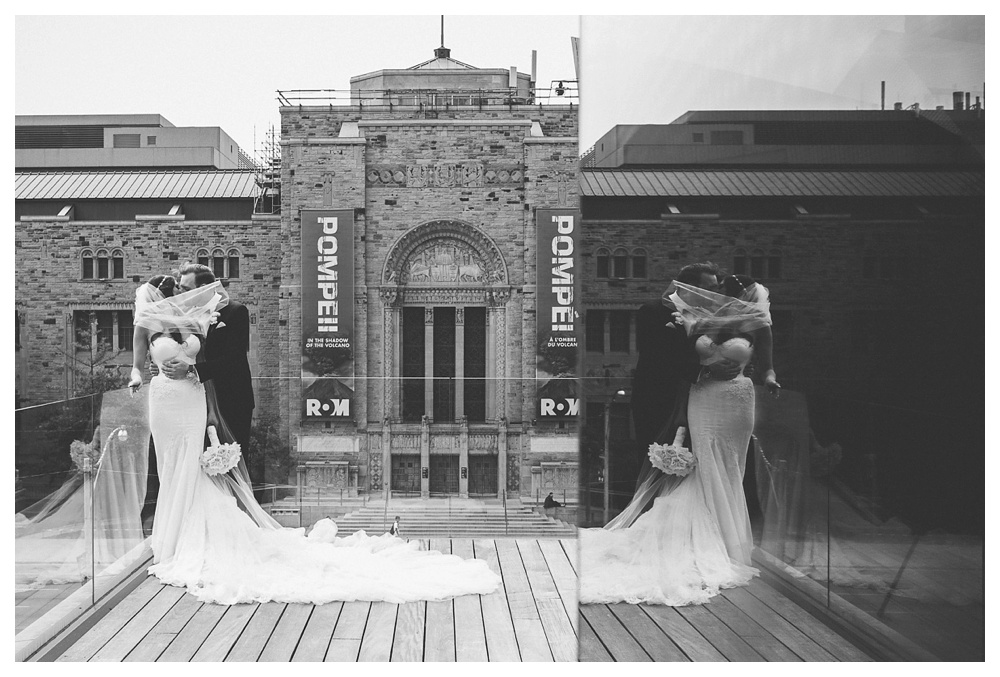 47-DanijelaWeddings-wedding-Toronto-AshleyLindzon-Inbaldror-therom-gardinermuseum-99sudbury-kiss-reflection.JPG