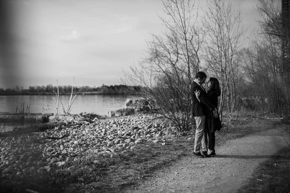 engagement-photos-Toronto-Danijelaweddings-beach-sunrise026.JPG