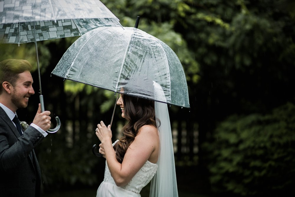Kurtz-orchard-wedding-photos-danijelaweddings-rainy-romantic017.JPG