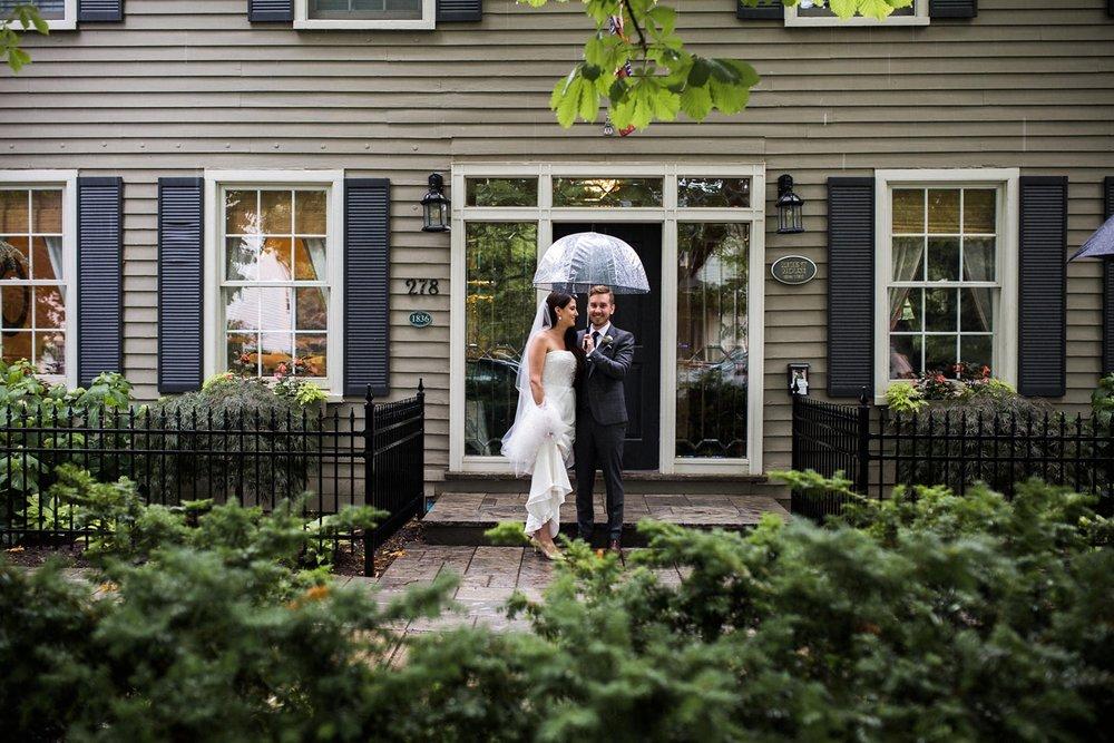 Kurtz-orchard-wedding-photos-danijelaweddings-rainy-romantic019.JPG