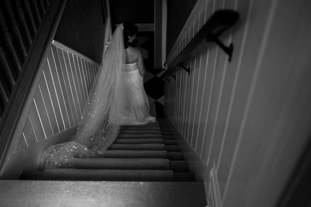 Kurtz-orchard-wedding-photos-danijelaweddings-rainy-romantic022.JPG