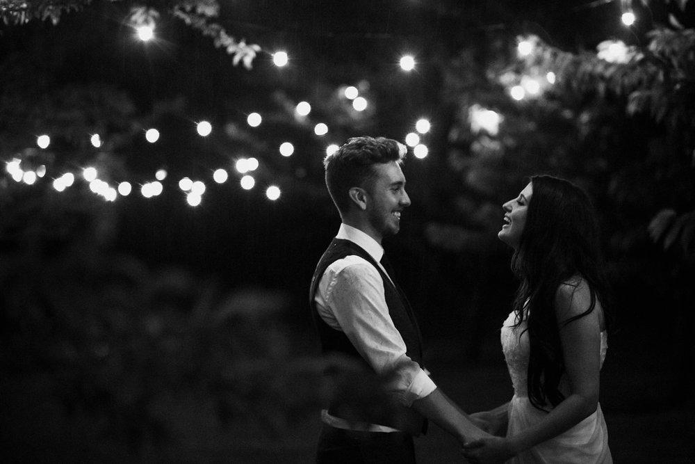 Kurtz-orchard-wedding-photos-danijelaweddings-rainy-romantic100.JPG