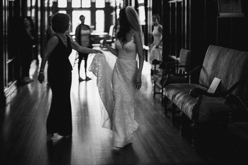 DanijelaWeddings-wedding-Toronto-CasaLoma-Berta-romantic-castle066.JPG