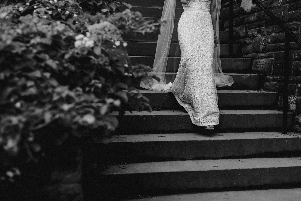 DanijelaWeddings-wedding-Toronto-CasaLoma-Berta-romantic-castle068.JPG