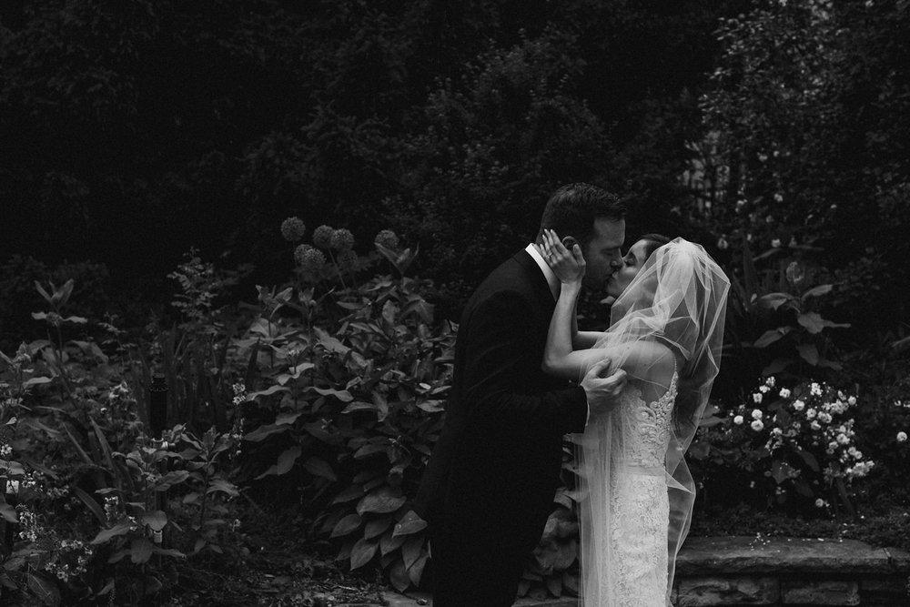 DanijelaWeddings-wedding-Toronto-CasaLoma-Berta-romantic-castle089.JPG