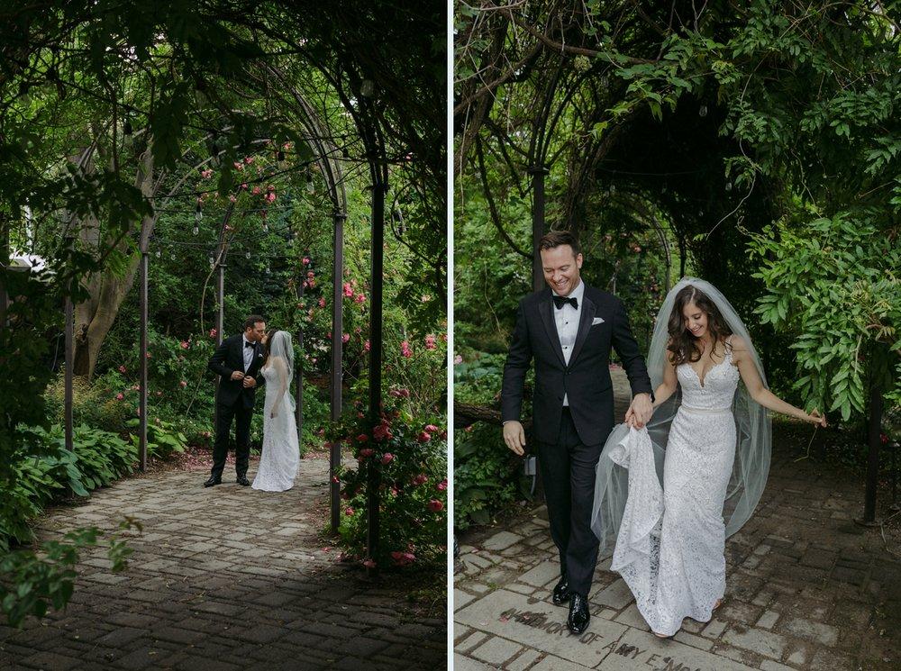 DanijelaWeddings-wedding-Toronto-CasaLoma-Berta-romantic-castle093.JPG